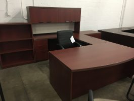 Cherry U-Shaped Desk