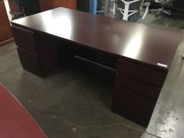 Knoll Office Desk