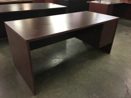 Mahogany Single Ped Desk