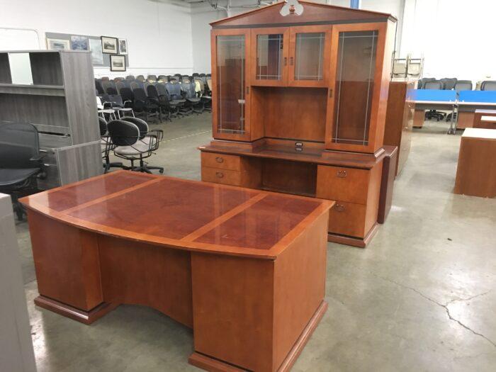 Used Paoli Desk