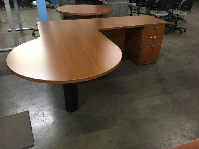 Peninsula Top L-Desk
