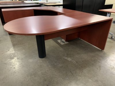 P-Top Cherry U-Desk