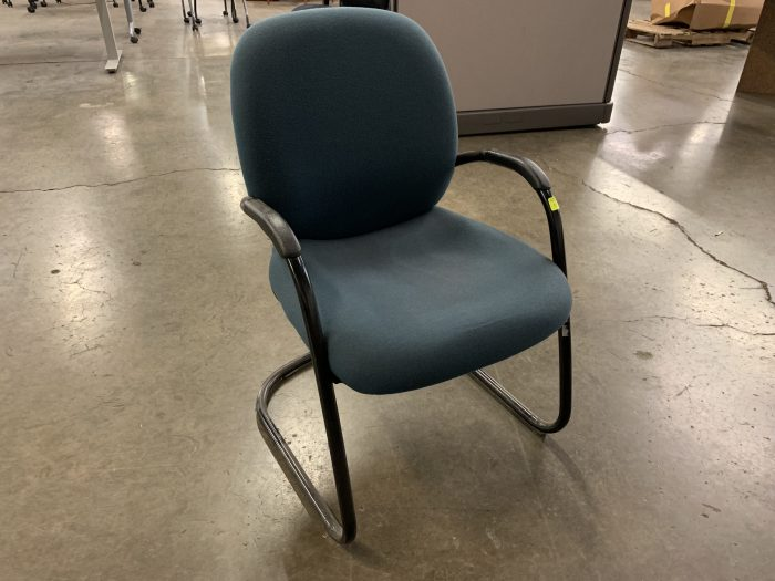 Steelcase Sonata Guest Chair in Green Fabric