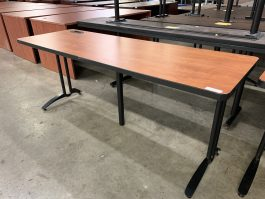Versteel Training Table