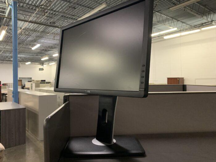 Dell 18 Inch Monitor