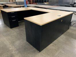 Maple U Desk